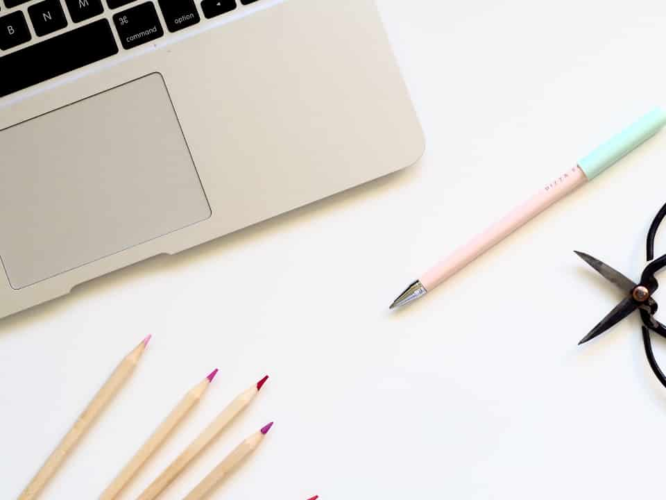 Utilisez des photos et des designs gratuits pour faire ressortir vos articles